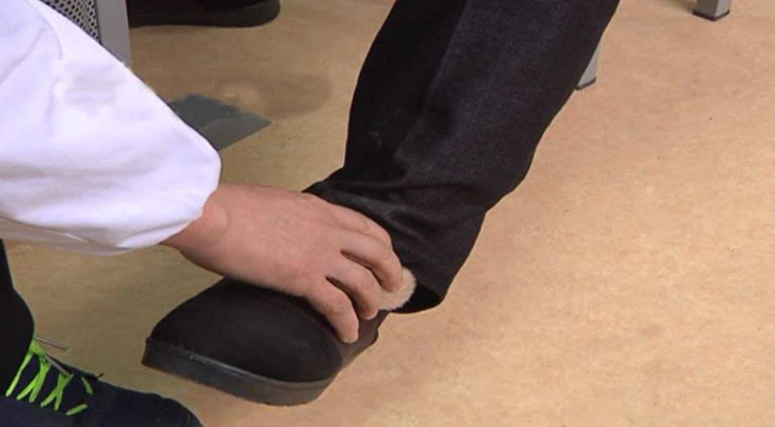不合格率高达73.3%!老年鞋质量难保证,藏隐患